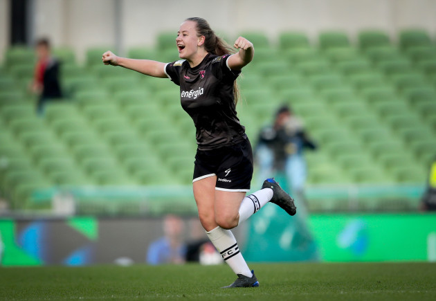 lauren-kelly-celebrates-scoring-her-sides-second-goal