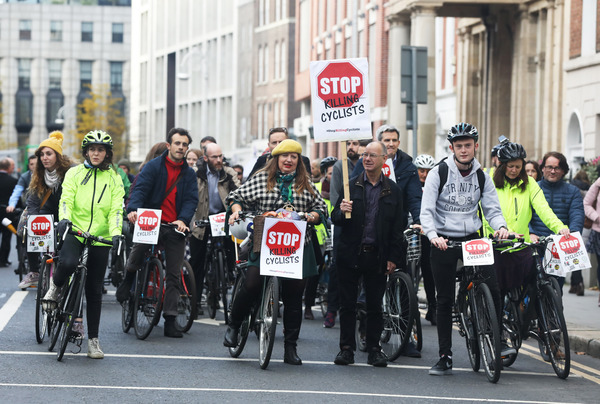 4419 Cyclists protest_90584342