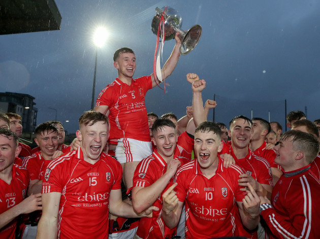 dan-odonoghue-celebrate-after-the-game-with-team-mates-and-the-bishop-moynihan-cup