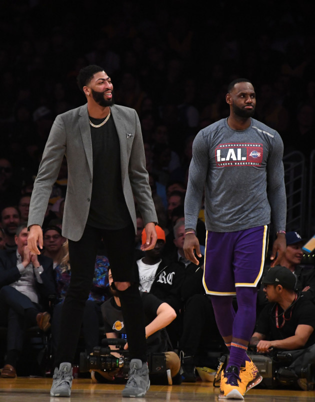 nba-golden-state-warriors-at-los-angeles-lakers