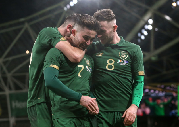 sean-maguire-celebrates-scoring-their-second-goal-with-alan-browne-and-troy-parrott