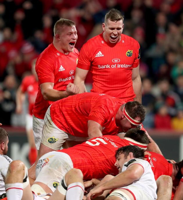john-ryan-james-cronin-jean-kleyn-and-chris-farrell-celebrate-cj-stander-scoring-the-first-try-of-the-game