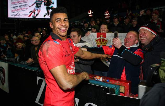 robert-baloucoune-celebrates-after-the-game-with-fans