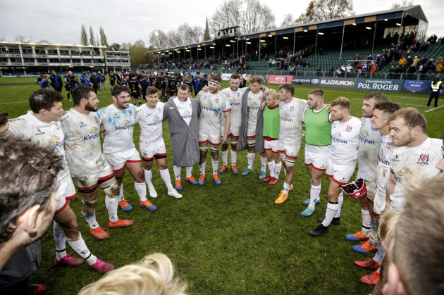iain-henderson-speaks-to-his-team-after-the-game