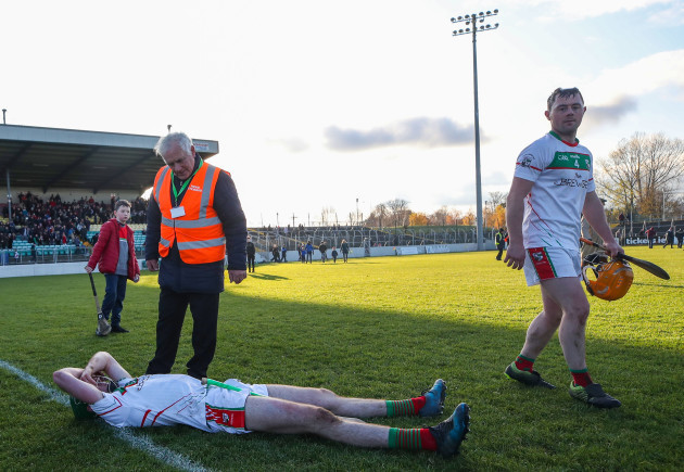 paddy-purcell-and-john-purcell-dejected-at-the-end-of-the-game
