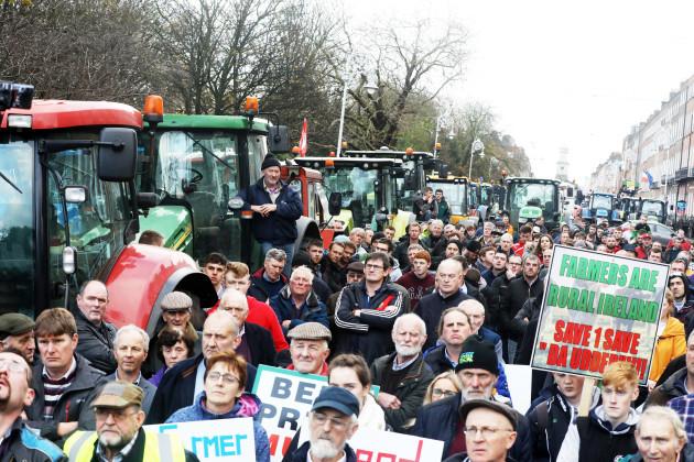 8524 Farmers protest_90585871