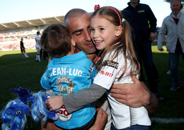 ruan-pienaar-with-his-son-jean-luc-and-daughter-lemay
