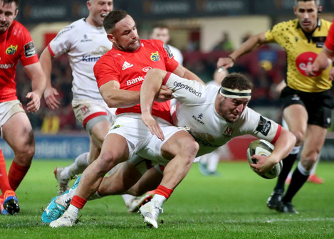 rob-herring-on-his-way-to-scoring-a-try-despited-the-efforts-of-alby-mathewson