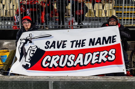 crusaders-fans