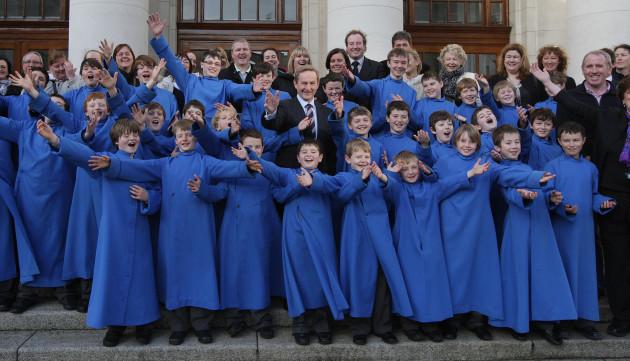 taoiseach-meets-palestrina-choir