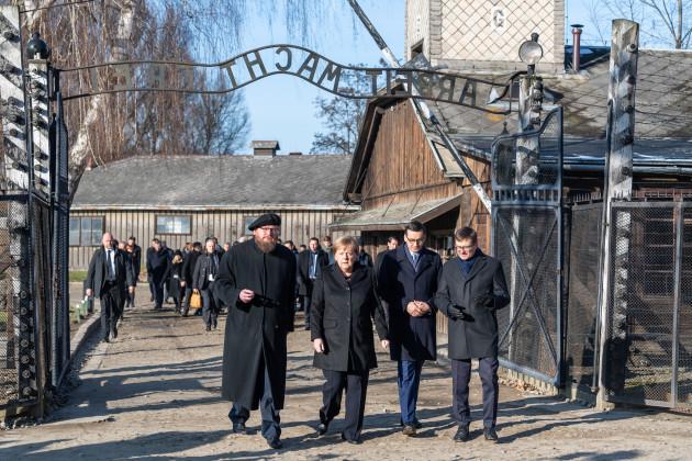 chancellor-merkel-visits-auschwitz-concentration-camp