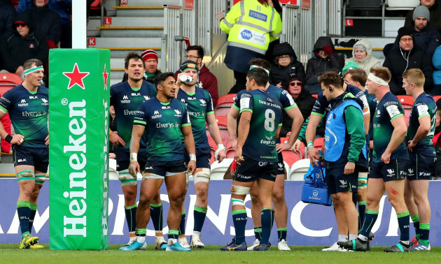 connacht-players-dejected-after-gloucester-scored-their-third-try