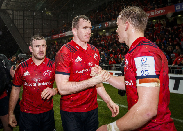 chris-farrell-shakes-hands-with-mike-haley-after-the-game