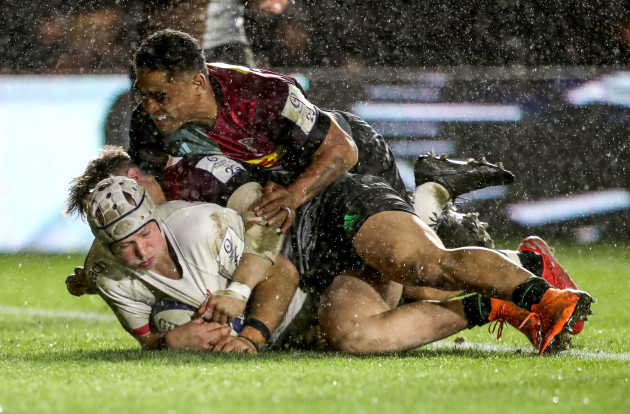 luke-marshall-scores-a-try-despite-francis-saili