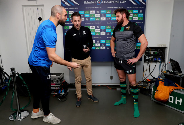 scott-fardy-daniel-jones-and-tom-wood-during-the-coin-toss