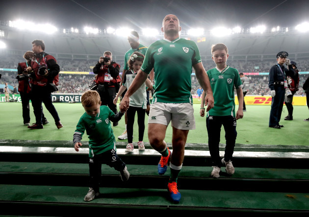 rory-best-with-his-three-children-richie-penny-and-ben-after-the-game