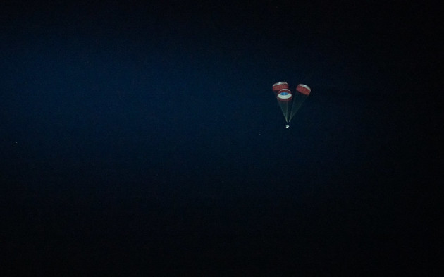 boeing-cst-100-starliner-landing