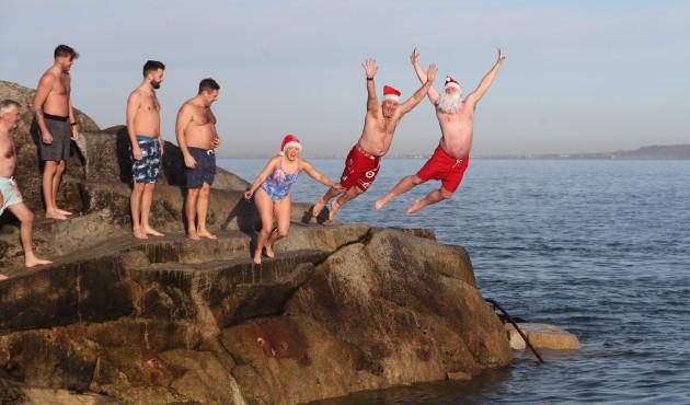 christmas-day-swim-dublin