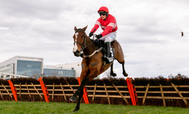 paul-townend-on-stormy-ireland-wins-the-advent-insurance-irish-ebf-mares-hurdle