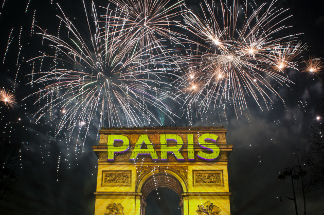 new-year-celebrations-paris