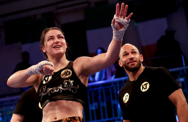 katie-taylor-celebrates-after-beating-jessica-mccaskill