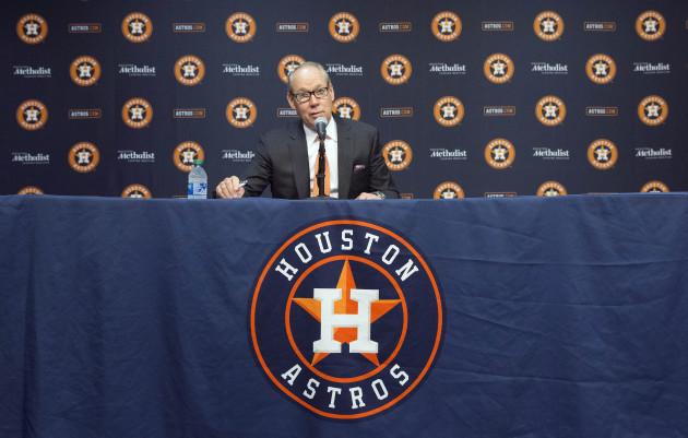 astros-sign-stealing-baseball