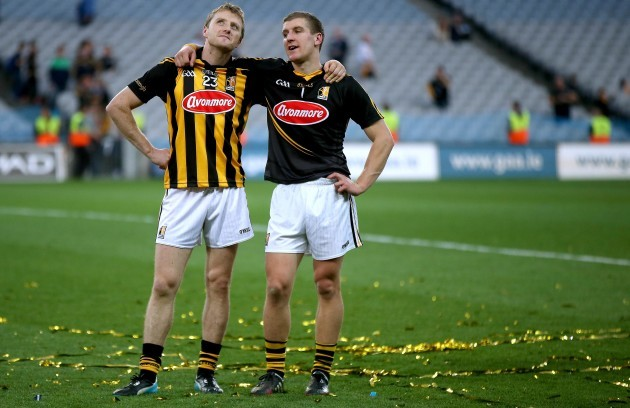 aidan-fogarty-and-goalkeeper-eoin-murphy-take-in-the-atmosphere-after-the-game