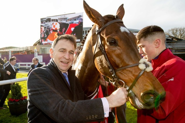 henry-de-bromhead-with-aspire-tower-after-winning