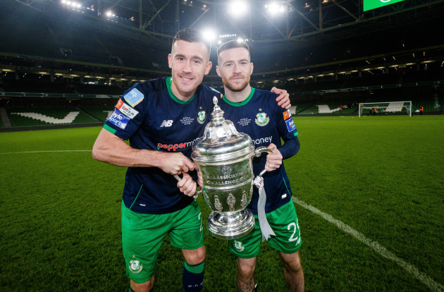 aaron-greene-and-jack-byrne-celebrate-with-the-trophy