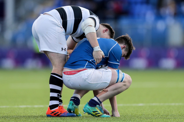 jonathan-sargent-consoles-a-dejected-donal-leane