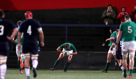 jack-crowley-scores-his-sides-third-try