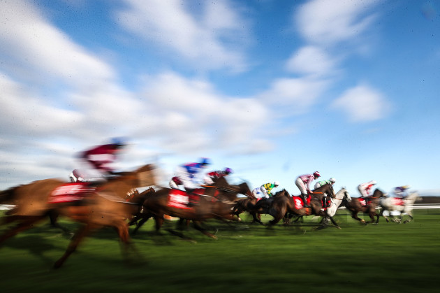 a-view-of-runners-in-the-matheson-handicap-steeplechase