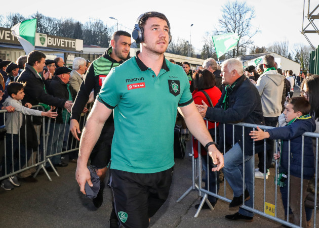paddy-butler-arrives