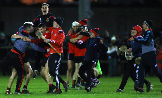 david-griffin-and-shane-kingston-celebrate-with-their-team