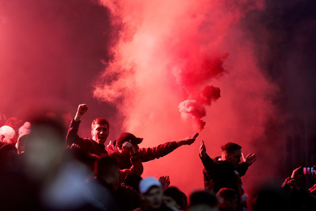 shelbourne-fans-celebrate-their-sides-goal