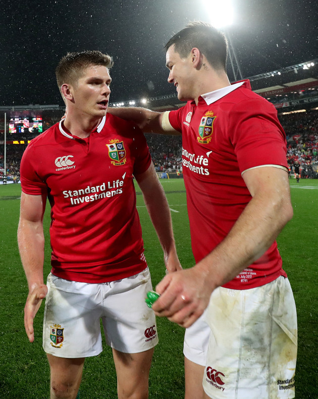 owen-farrell-and-jonathan-sexton-celebrate-after-the-game