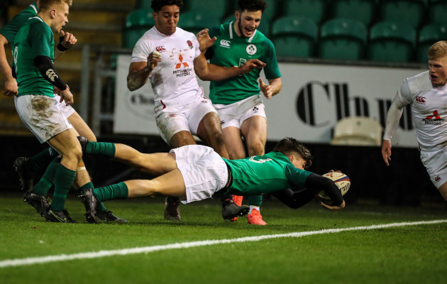 irelands-max-oreilly-scores-a-try
