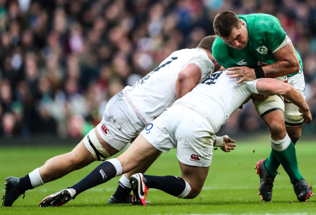 cj-stander-tackled-by-sam-underhill