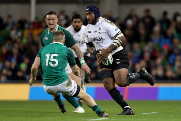 nemani-nadolo-is-tackled-by-andrew-conway