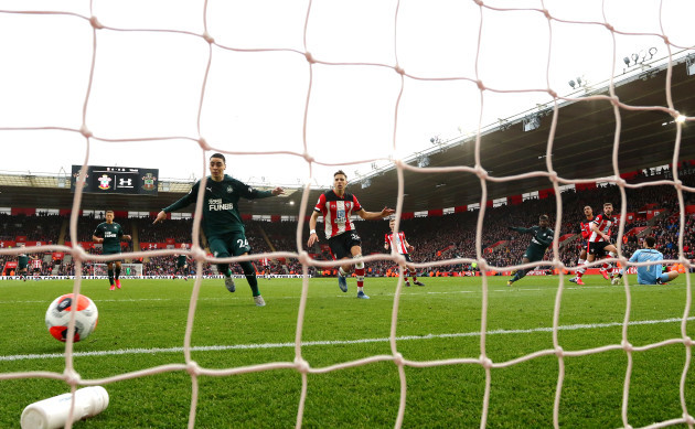 southampton-v-newcastle-united-premier-league-st-marys-stadium