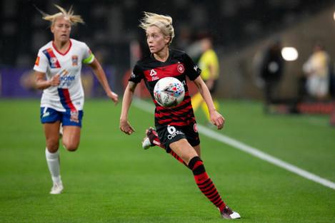 soccer-nov-22-w-league-rd-2-western-sydney-women-v-newcastle-jets-women