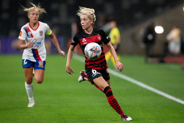 soccer-nov-22-w-league-rd-2-western-sydney-women-v-newcastle-jets-women