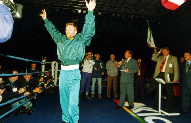 steve-collins-at-the-weigh-in