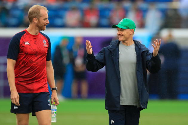 joe-schmidt-talks-to-wayne-barnes-ahead-of-the-game