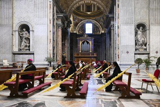vatican-pope-palm-sunday-mass