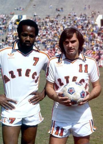 american-soccer-nasl-los-angeles-aztecs-v-new-york-cosmos