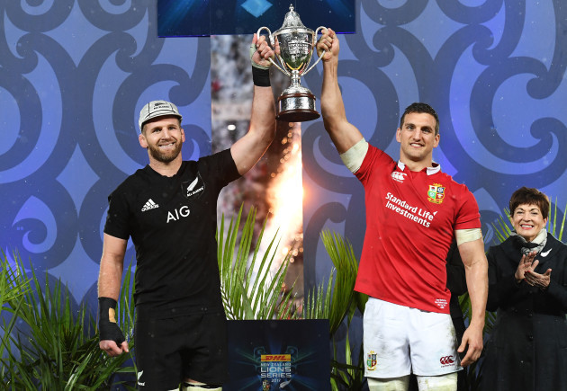 kieran-read-and-sam-warburton-lift-the-dhl-nz-cup-after-the-series-finished-a-draw