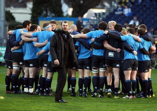 michael-cheika-in-front-of-his-leinster-team