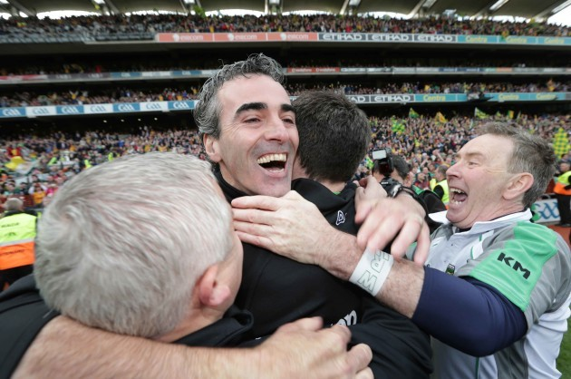 jim-mcguinness-celebrates-with-his-selectors-at-the-final-whistle