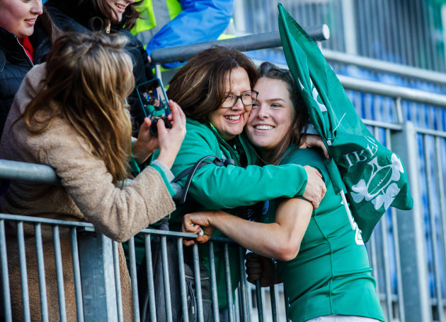 beibhinn-parsons-after-the-game-with-her-mother-evelyn